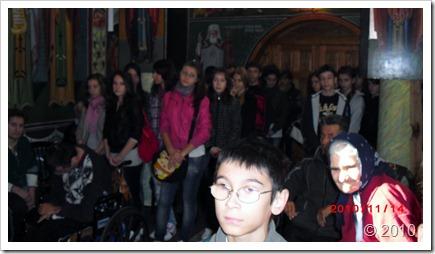 Vizita elevilor la azilul din Ciolpani a adus putina bucurie (1)